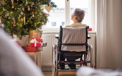 How to Help the Elderly Feel Less Alone This Christmas